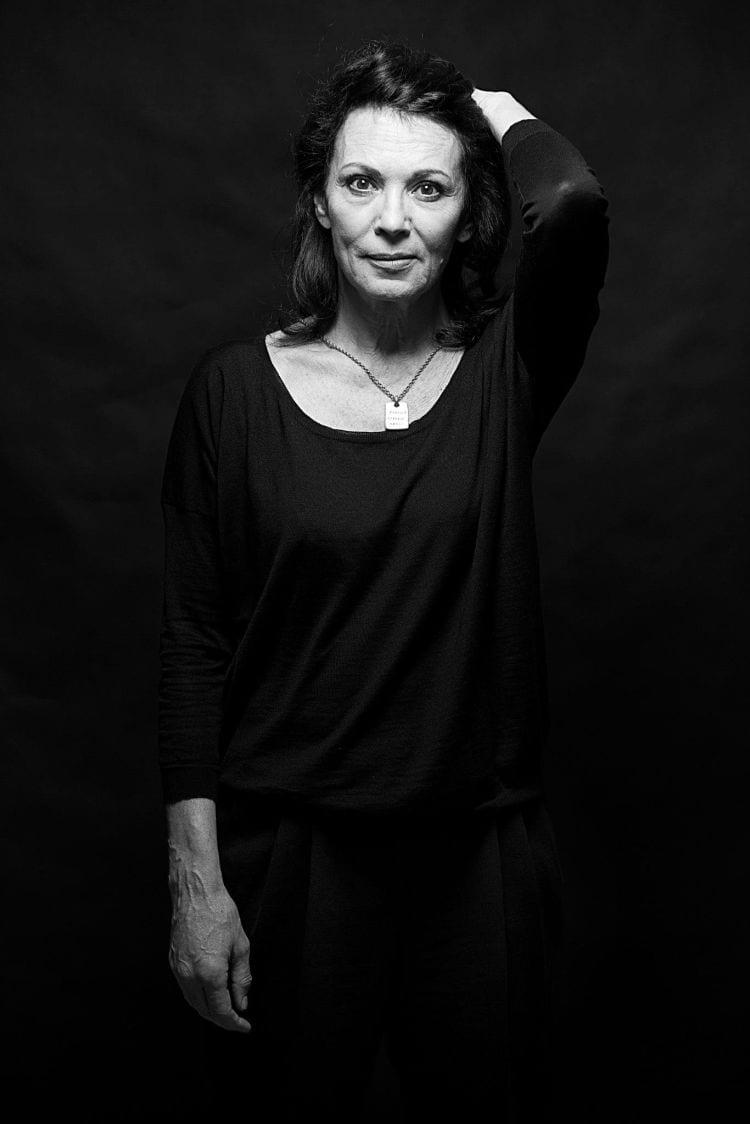 """""""Fragen, verstören, denken, verbinden, antworten, staunen, ärgern, provozieren, entdecken ... alles schafft Kunst."""" Iris Berben, Schauspielerin und Präsidentin Deutsche Filmakademie e.V."""