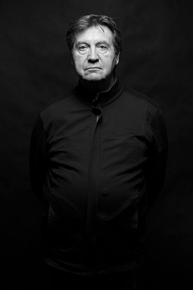 """""""Kultur als ureigene Leistung des Menschen bedeutet innere Spannung zu sich selbst und zur Welt. Kunst als Ausdruck dieser Spannung rüttelt auf und stößt zum Denken an. Wir alle sind aufgerufen, diese Errungenschaft nicht nur zu erhalten, sondern mit allen Mitteln voranzutreiben und weiterzuentwickeln."""" Martin Ostertag, Professor für Violoncello und ehemaliger Solocellist beim SWR Sinfonieorchester Baden-Baden und Freiburg"""