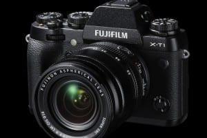 Fuji X-T1_Front-Left_18-55mm_BlackBK
