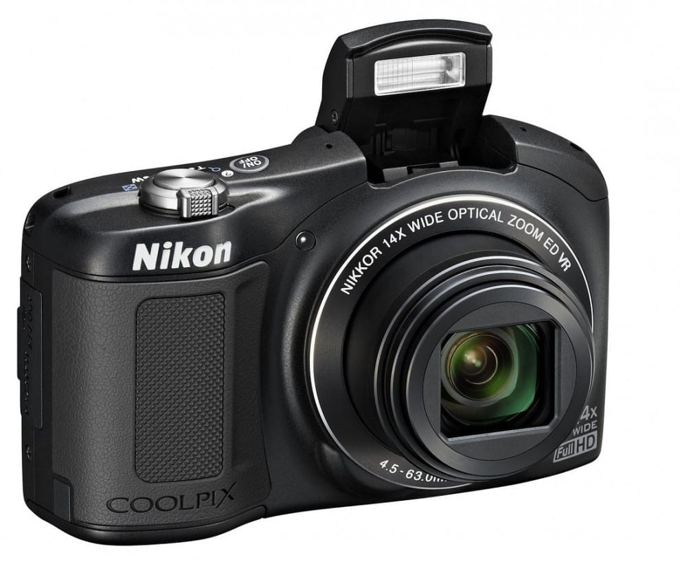 Nikon Coolpix L620 Schwarz Vorderseite_2