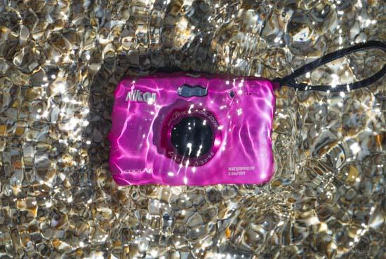 Nikon-underwater-compact-camera