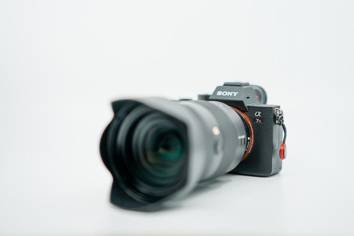Sony-scheint-ebenfalls-an-100-Megapixel-Kamera-zu-arbeiten