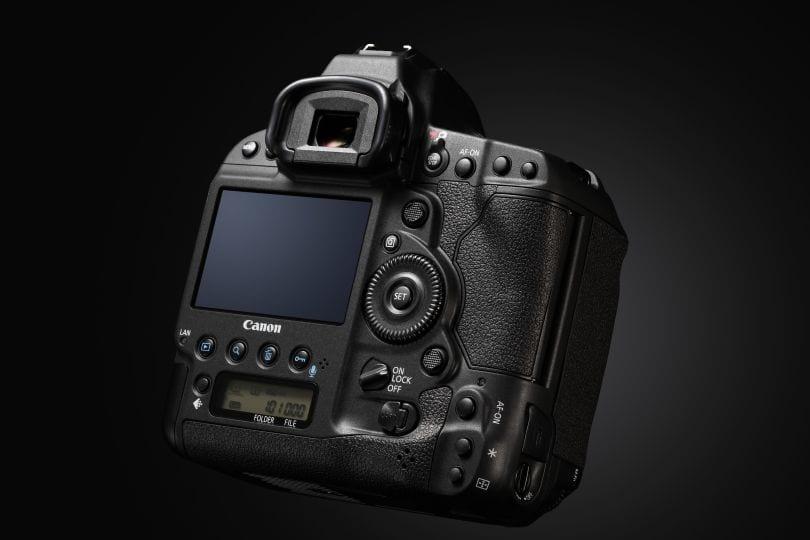 Canon EOS-1D X Mark II 3
