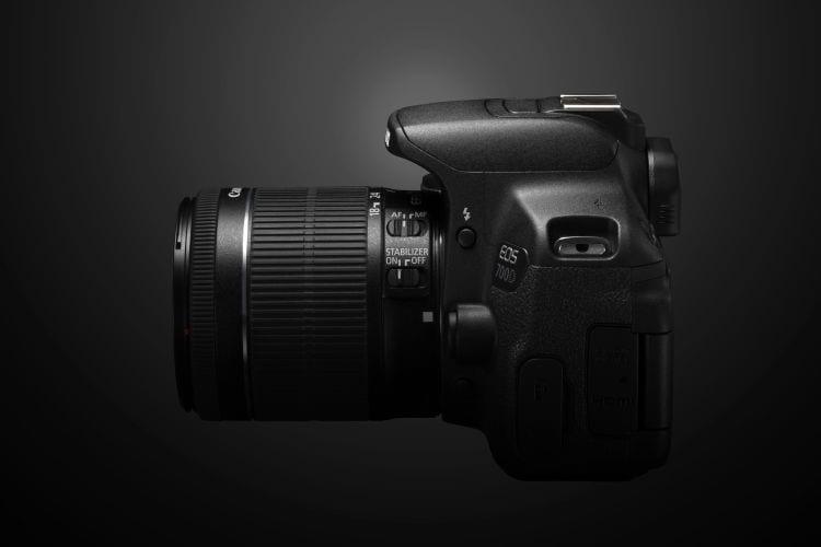 Canon EOS 700D CREATIVE SIDE LEFT
