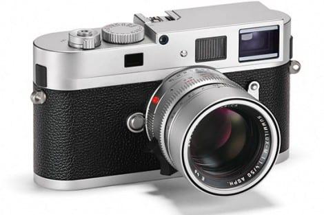 Leica-M-Monochrom-camera-with-silver-chrome-finish