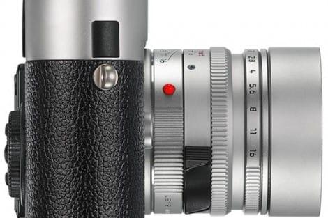 Leica-M-Monochrom_silver_right