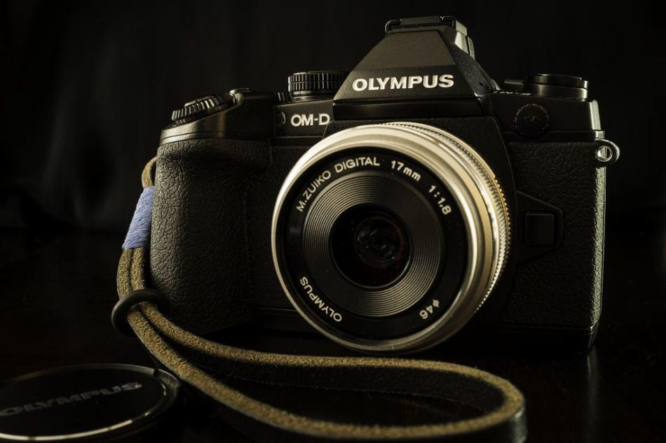 Olympus E-M1 | Rob Campbell Flickr